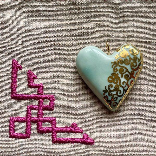 cœur en porcelaine celadon et or belisame creations